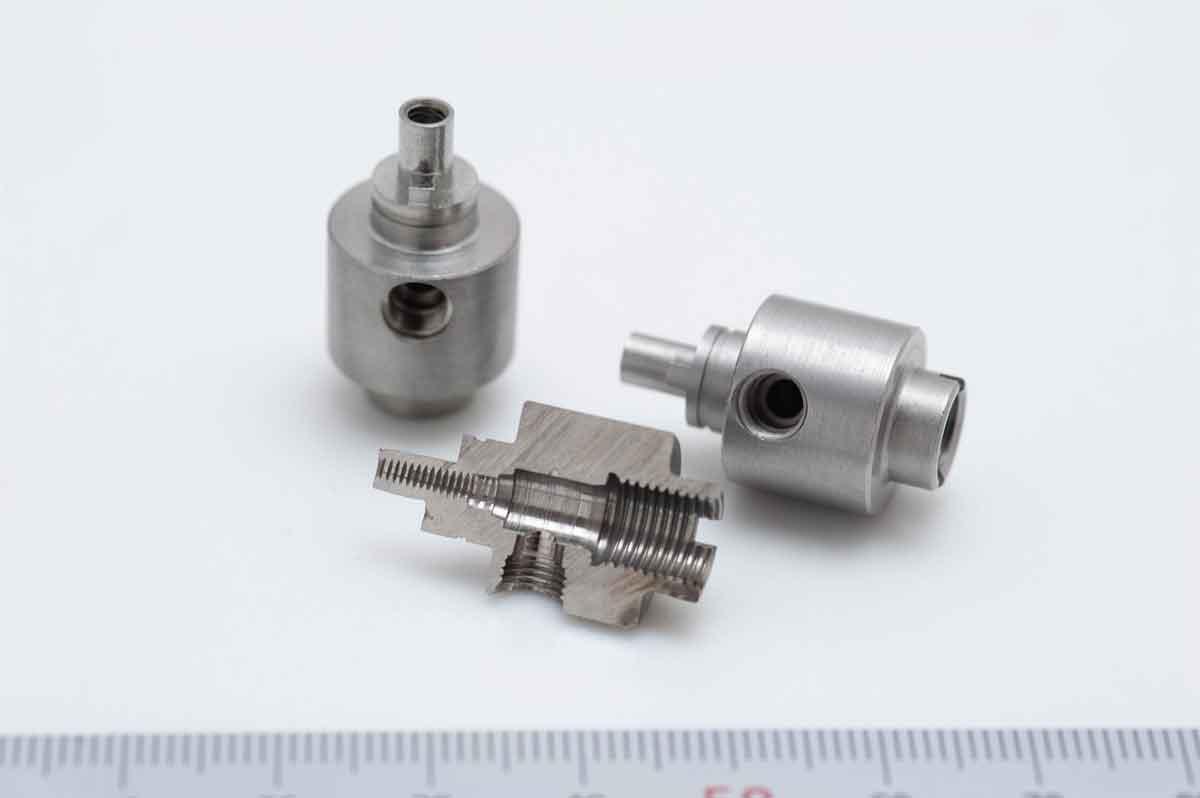 Complex/high-precision sample 1